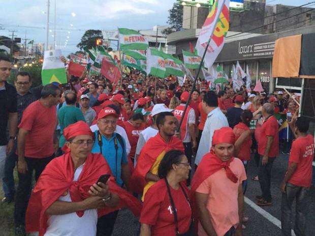Às 17h25, os organizadores estimaram em 25 mil pessoas no ato em Natal (Foto: Fernanda Zauli/G1)