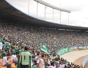 Serra Dourada recebe grande público para Goiás x Joinville (Foto: Daniel Mundim / Globoesporte.com)