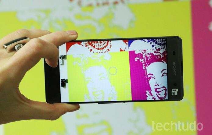 A câmera do Xperia XA é uma das vantagens do aparelho (Foto: Luciana Maline/TechTudo)