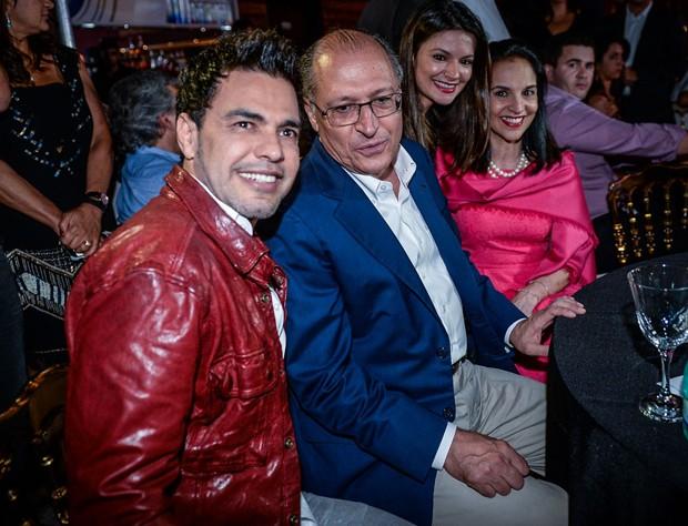 Zezé, Geraldo Alckmin, Sofia Alckmin e Lu Alckmin (Foto: Claudio Augusto/Foto Rio News)