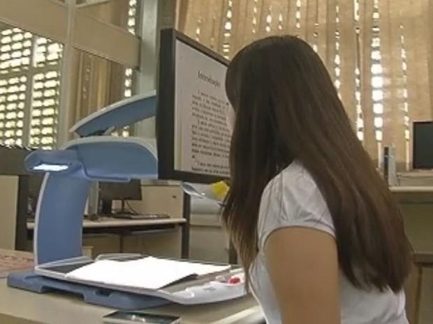 Unidade conta scanners de voz e softwares de leitores de tela (Foto: Reprodução/TV Tem)
