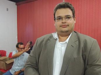 Daniel Assunção, presidente da comissão de expansão do IFPE (Foto: Vitor Tavares / G1)