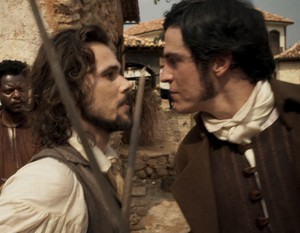 Xavier e Rubião ameaçam se enfrentar por causa de Joaquina (Foto: TV Globo)
