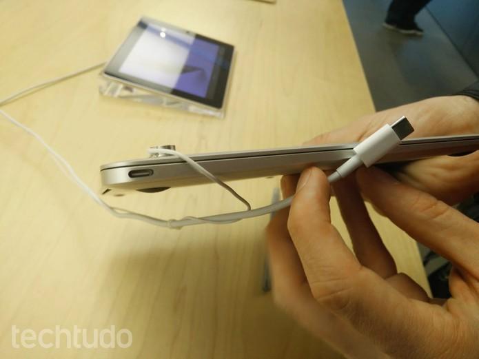 USB-C está presente apenas em computadores no momento, mas deve chegar aos celulares (Foto: Elson de Souza/TechTudo)