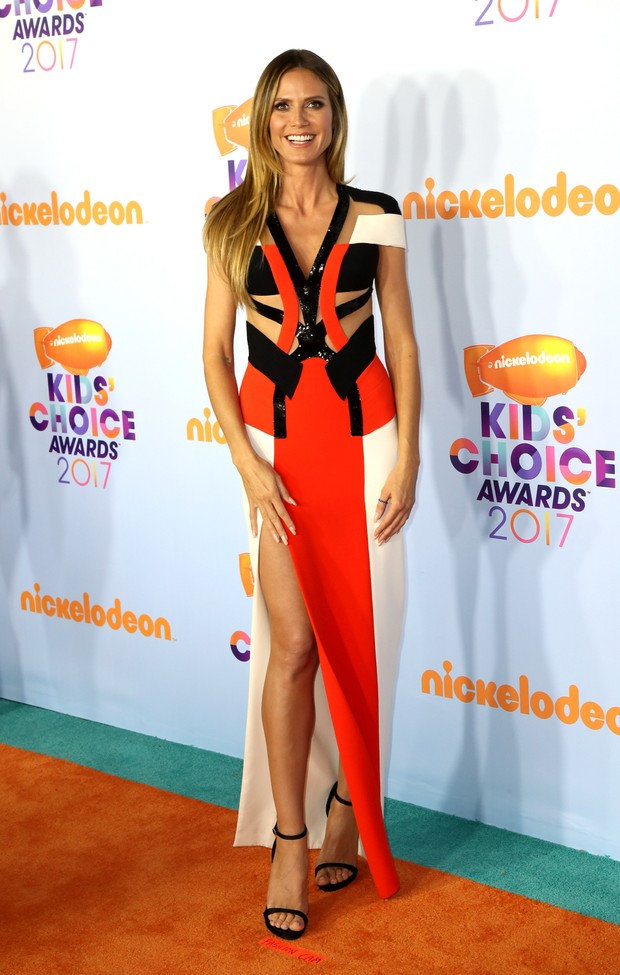 Heidi Klum no Kids Choice Awards (Foto: Getty Images)