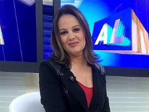 Gilka Mafra apresenta o seu telejornal mais cedo nos dias 12 e 13 de junho  (Foto: Divulgação/ Arquivo pessoal)