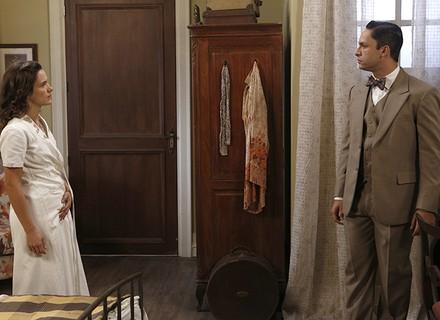Celso confessa que sente ciúmes de Maria com outro homem
