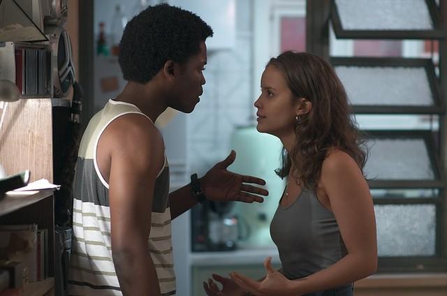 JF (Maicon Rodrigues) e  Luana (Joana Borges) (Foto: Reprodução/TV Globo)