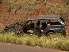 Motorista morre ao capotar veículo após colisão em Serra Azul, SP
