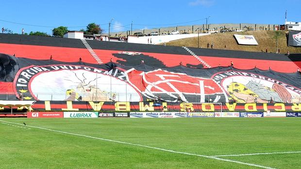 bandeirão Vitória final Barradão (Foto: Eric Luis / Globoesporte.com)