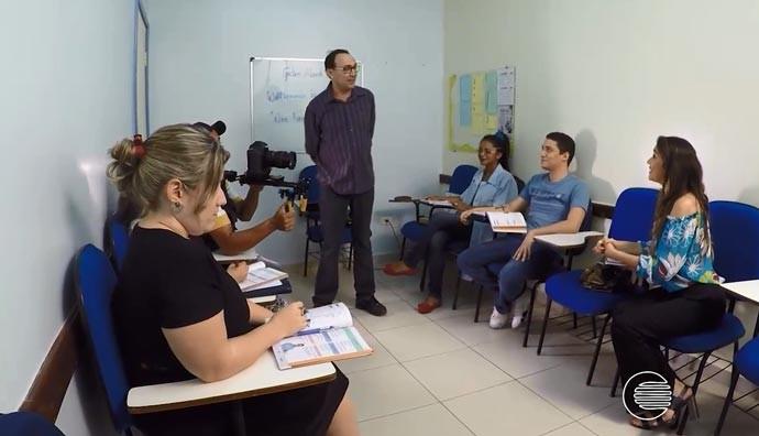 Dirceu Andrade relembra período em que ministrou aulas de Alemão (Foto: Reprodução/Rede Clube)