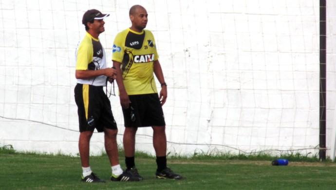 Gil, ex-Corinthians, treina no ABC (Foto: Jocaff Souza/GloboEsporte.com)