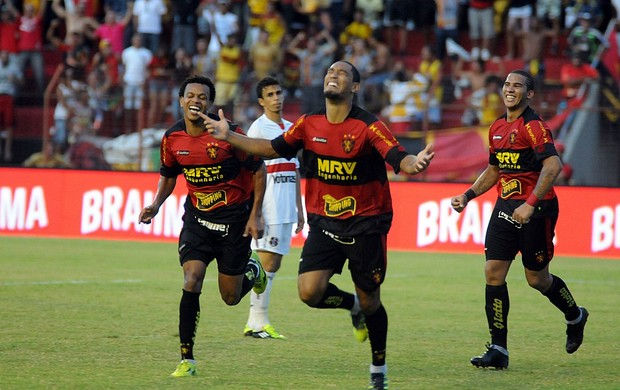 Bruno Aguiar - Sport x Santa Cruz (Foto: Aldo Carneiro)