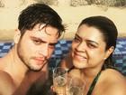 Preta Gil curte dia de 'piscina+champagne+deserto+Mozi'