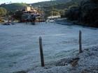 Com direito a geada, distrito de Monte Verde registra -0,5º C