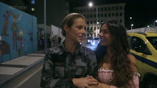 Vídeo: Paolla Oliveira e Isis Valverde mostram total sintonia em gravação