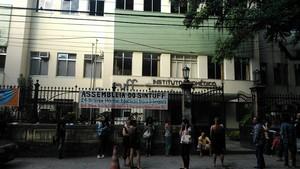 Candidatos saem da prova em Niterói, RJ (Foto: Luiza Baptista)