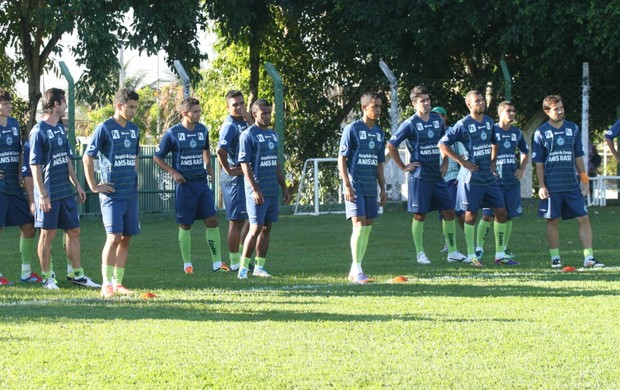 Goiás treina para jogo contra o Avaí (Foto: Rosiron Rodrigues / Goiás E.C.)