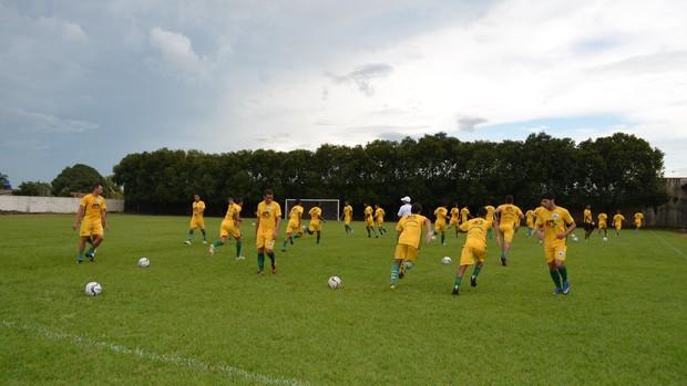 Ariquemes intensifica treinamento antes do Estadual (Foto: Eliete Marques)