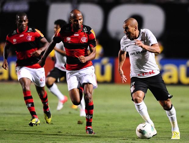 Emerson Corinthians x Flamengo (Foto: Marcos Ribolli / Globoesporte.com)