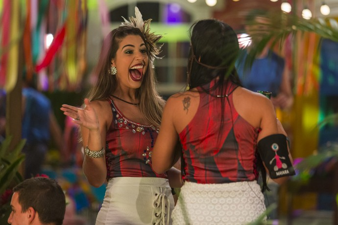 Vivian produzida para a Festa Amazônia (Foto: Artur Meninea/Gshow)