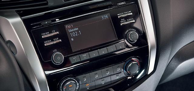 Nissan Frontier 2.3 SE: Quando menos é menos mesmo N4