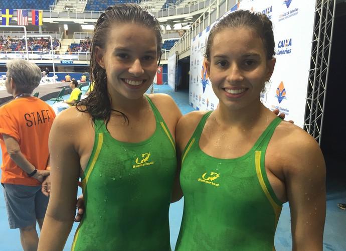 Beatriz Carneiro Borges e D[ebora Carneiro Borges natação paralímpica (Foto: Flávio Dilascio)