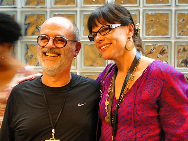 Ingrid Zavarezzi recebeu o carinho do diretor Mario Marcio Bandarra (Foto: Malhação / TV Globo)
