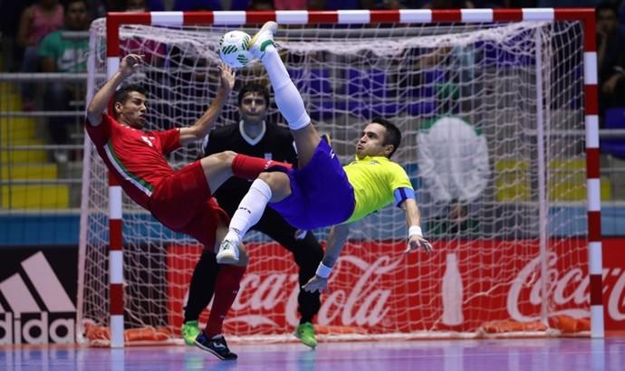 Falcão Brasil Irã oitavas de final Mundial de Futsal (Foto: Getty Images/Fifa)