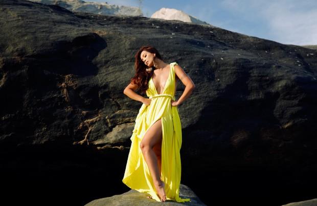 Carol Nakamura posa em ensaio de moda para o EGO (Foto: Marcos Serra Lima / EGO)