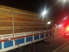 Polícia apreende 22 metros cúbicos de madeira ilegal em Manaus