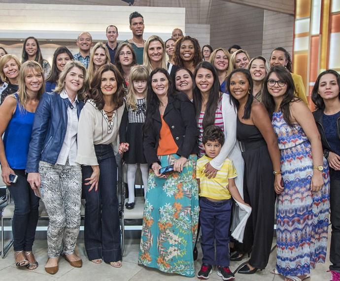 Plateia posa com a Fátima  (Foto: Artur Meninea/Gshow)