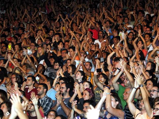 Público de diversas gerações marcou presença no show deste domingo (Foto: Manu Dias/GOVBA)