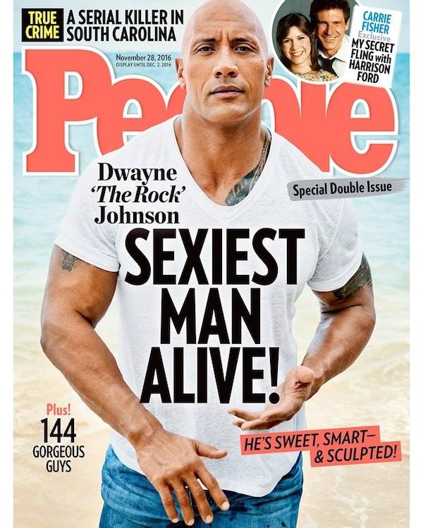 A capa da revista People que elegeu The Rock como o homem mais sexy do mundo (Foto: Reprodução)