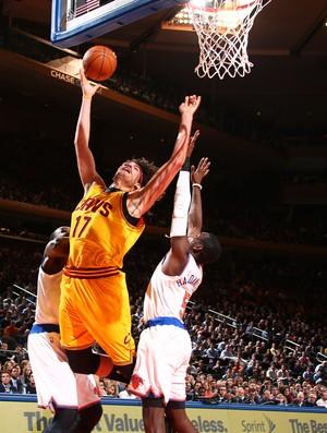 Anderson Varejão Cleveland Cavaliers x New York Knicks NBA (Foto: Getty)
