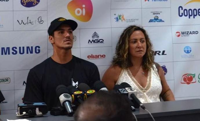 Gabriel Medina e Simone Medina (Foto: Danilo Sardinha/GloboEsporte.com)