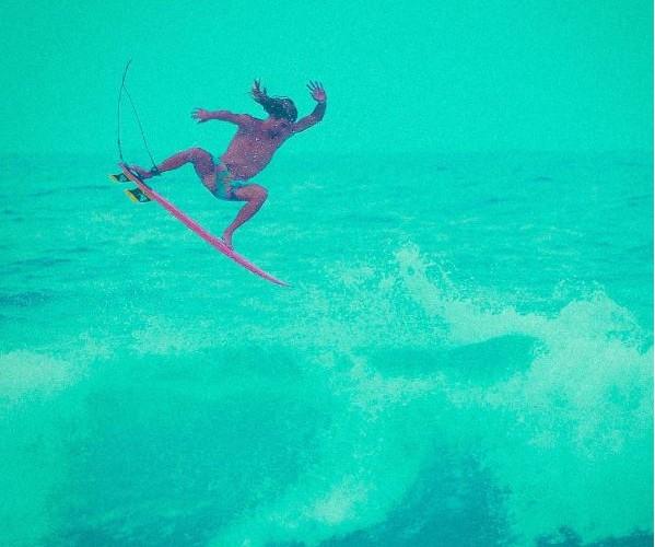 Hector Santamaria gosta de aéreos e manobras acrobáticas  (Foto: Reprodução/Instagram)