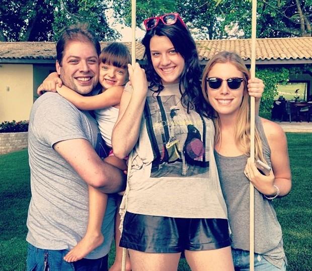 Rafa Justus com os irmãos (Foto: Reprodução / Instagram)