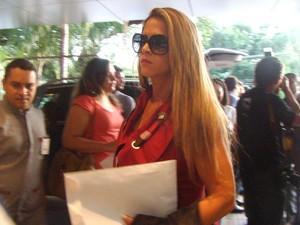 A assessora Denise Leitão Rocha em foto tirada em maio deste ano, no Piauí. Funcionária do gabinete do senador Ciro Nogueira (PP-PI), ela chamou atenção ao aparecer na CPI do Cachoeira e aparece agora ligada a um vídeo sexual vazado. (Foto: Yala Sena/Arquivo Pessoal)