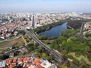 Vista de cima da Lagoa do Taquaral, no Parque Portugal, em Campinas (Foto: Divulgação Prefeitura Campinas)