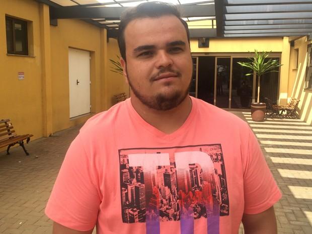 Walex Alerrandro recebeu a doação de um rim, em Goiânia, Goiás (Foto: Vitor Santana/G1)