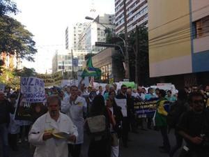 SP protesto médicos (Foto: Lívia Machado/G1)