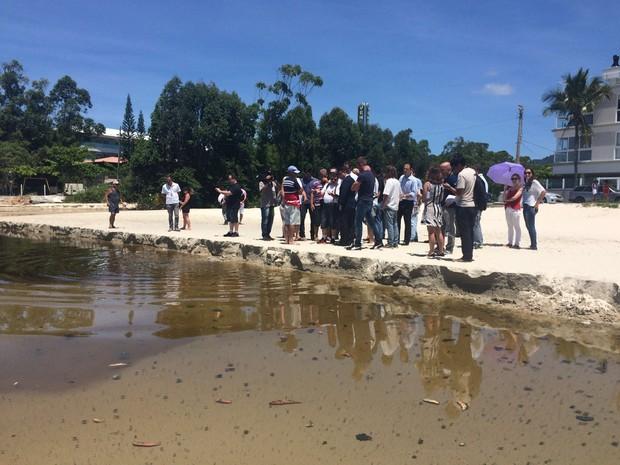 Rio do Brás passou por inspeção judicial nesta quarta (20) em Canasvieiras (Foto: Larissa Vier/RBS TV)