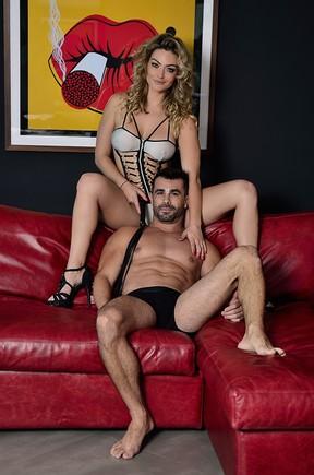 Laura Keller e o marido (Foto: Roberto Teixeira / EGO)