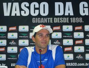 Rodrigo Poletto, preparador do Vasco  (Foto: Thiago Fernandes / GLOBOESPORTE.COM)