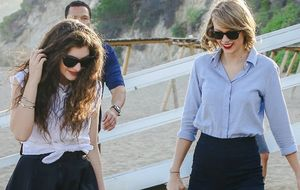 Lorde e Taylor Swift selam amizade com passeio na praia