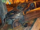 Passageira morre após carro sair da pista e bater contra árvore na BR-153