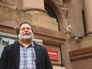 Julio Flores é candidato à prefeitura de Porto Alegre (Foto: Joyce Heurich/G1)