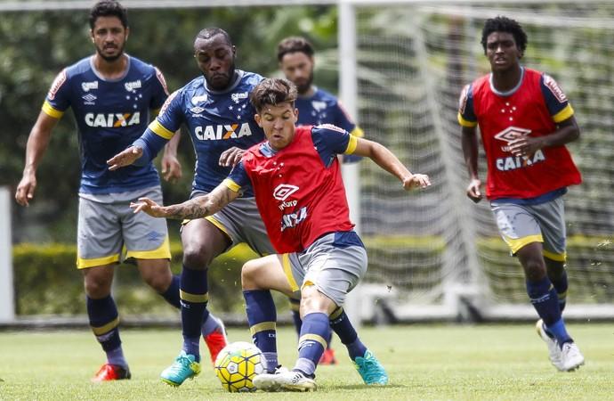 Bruno Nazário; Manoel; Leo; Cruzeiro (Foto: Washington Alves/Light Press)