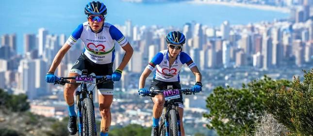 Raíza e Joana em ação na Costa Blanca